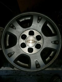17 inch chev avalanche rims , great for winters Kitchener, N2P 1R7