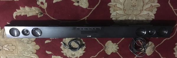 Sound bar with sound woofer LG Very Good Condition