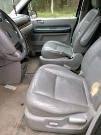 04 Ford freestar Bonneau