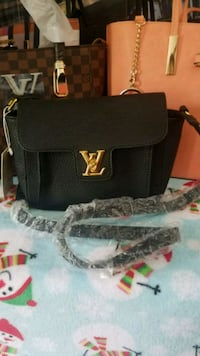 New bag Louis Vuitton  Manassas, 20110