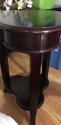 Wood accent table Baltimore, 21206