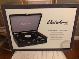 BRAND NEW ELECTROHOME ARCHER TURNTABLE STEREO SYSTEM