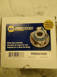 Wheel hub for 2003  Chrysler intrepid