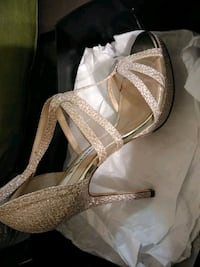 pair of gray leather open-toe heels Bluffton, 29910