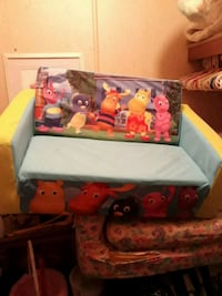 Futon couch for a child Upper Marlboro, 20772