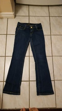 Size 5 southpole jeans Mississauga, L5W 1G8