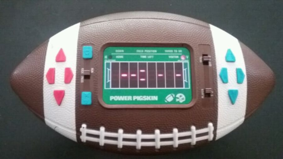Vintage 1979 Power Pigskin Electronic Football Game works great 1b8ee7cd-f15d-431a-9343-162da4d8afa7