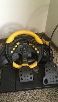 Steering wheel with pedals for Ps2 Loveland