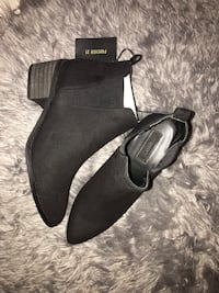 Women's fall Chelsea boots forever 21 SIZE 5.5 Mississauga, L5C 1H1