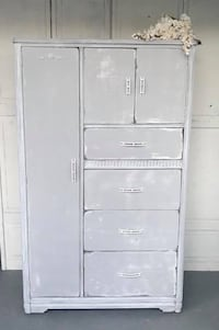 Armoire/wardrobe Middle River, 21220