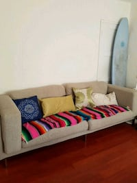 Couch ! Market price 700 USD Santa Monica, 90404