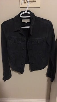 NEW CONDITION Aritzia TNA Jacket cute small Burnaby, V5H 4N2
