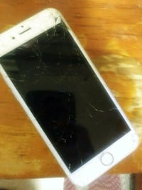 silver iPhone 6s cracked screen. Completely works  Brooklyn, 11201
