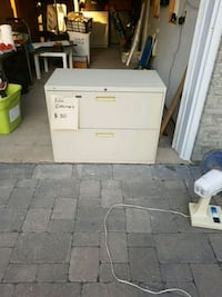 30 dollars file cabinet Mississauga, L5A 1R2