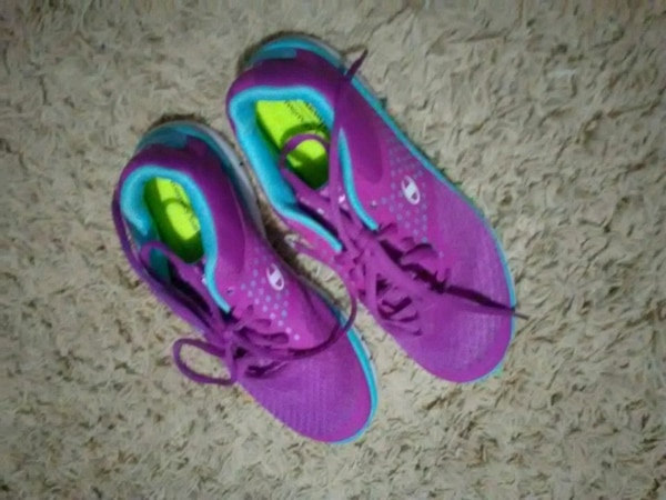 a6e2a3582 Used Girls size 6 champion memory foam tennis shoes for sale in ...