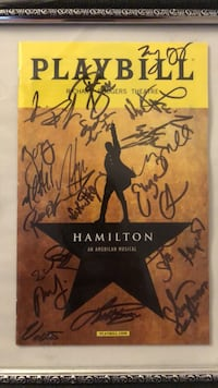 Hamilton  cast signed playbill signed by 22 members of the cast. Given to me as a gift  from a cast member.  223 mi
