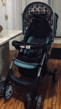 New w box unused 3in1 Travel Stroller w Carseat and Base Toronto, M5M 1Y4