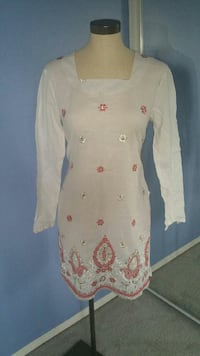 women's white and pink floral long-sleeved dress