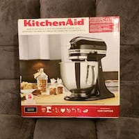 NIB Kitchenaid Artisan 325 watt NIB