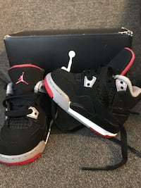 Black-and-red air jordan basketball shoes with box Houston, 77063