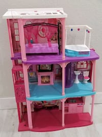 Barbie dream house Miami, 33176