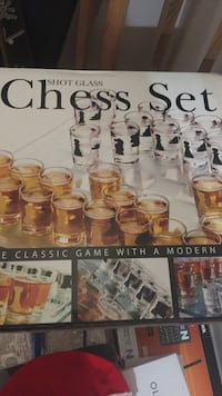 Shot glass chess set box Surrey, V3R
