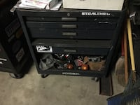 Rolling industrial tool box