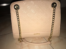 Guess purse- brand new with tags!