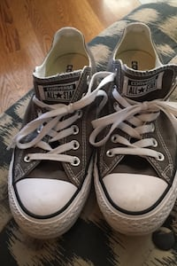 Size 8 grey converse. Worn 1 time. Excellent condition  Murfreesboro, 37130