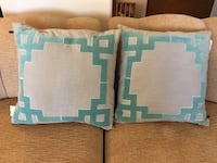 2 new decorative pillows  Las Vegas, 89149