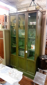 Green wooden framed glass display cabinet Kernersville, 27284