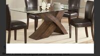 Dinning table with Base Montréal, H4P 0A4