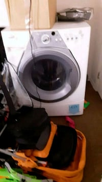 white front-load clothes dryer 953 mi
