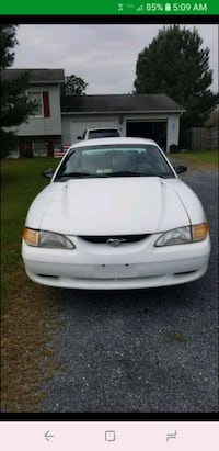 Ford - Mustang - 1998 serious inquiries only Stephens City