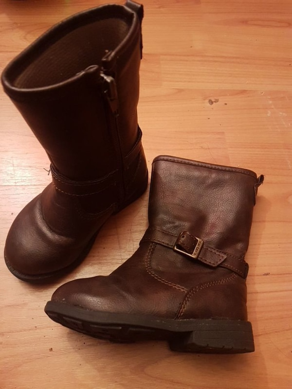 d1e0e315c211 Used Carter s size 5 toddler girl boots for sale in London - letgo