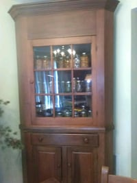 brown wooden framed glass display cabinet Martinsburg, 25404