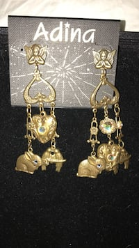 Pretty! Whimsical gold Earrings !!! Gainesville, 20155