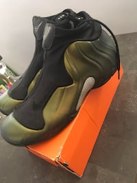 Flightposite size 12 New York, 11385