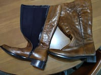 Ladies Brown Boots - size 8-9
