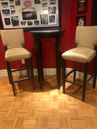 Cruising Table & Chairs