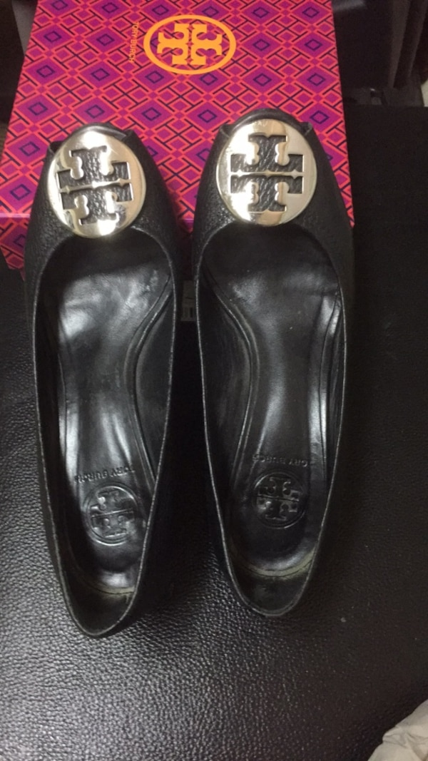 cf16638793ae Used Tory Burch Blk Wedge 7.5B for sale in San Mateo - letgo