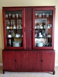 Complete dining room set (table, china/hutch, chai Montréal, H4K
