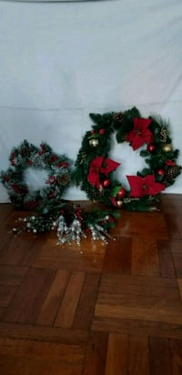 red and green flower wreath plus flowers. Christma Bronx, 10451