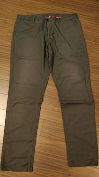 Lululemon commission pant, size 40, grey