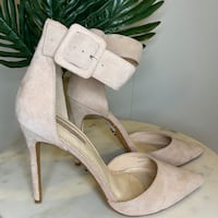 NWOB Top Shop Nude Suede Pointy Toe Stiletto Heel Mississauga, L5M 0L3