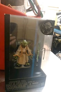 Collectible Star wars Black series number 6 Yoda