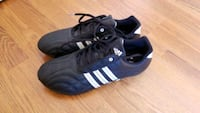 Brand new mens adidas shoes size 9.5 Hamilton, L8K 6K2
