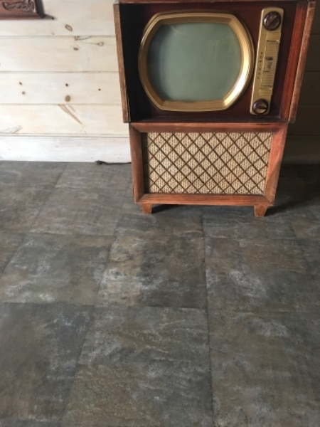 Consider, Round screen vintage televisions can