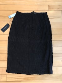 t. babaton (Aritzia) skirt w/ tags still on Edmonton, T5J 1B9