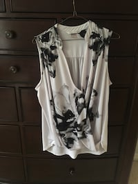Sleeveless white summer top with floral print Maple Ridge, V4R 2W6